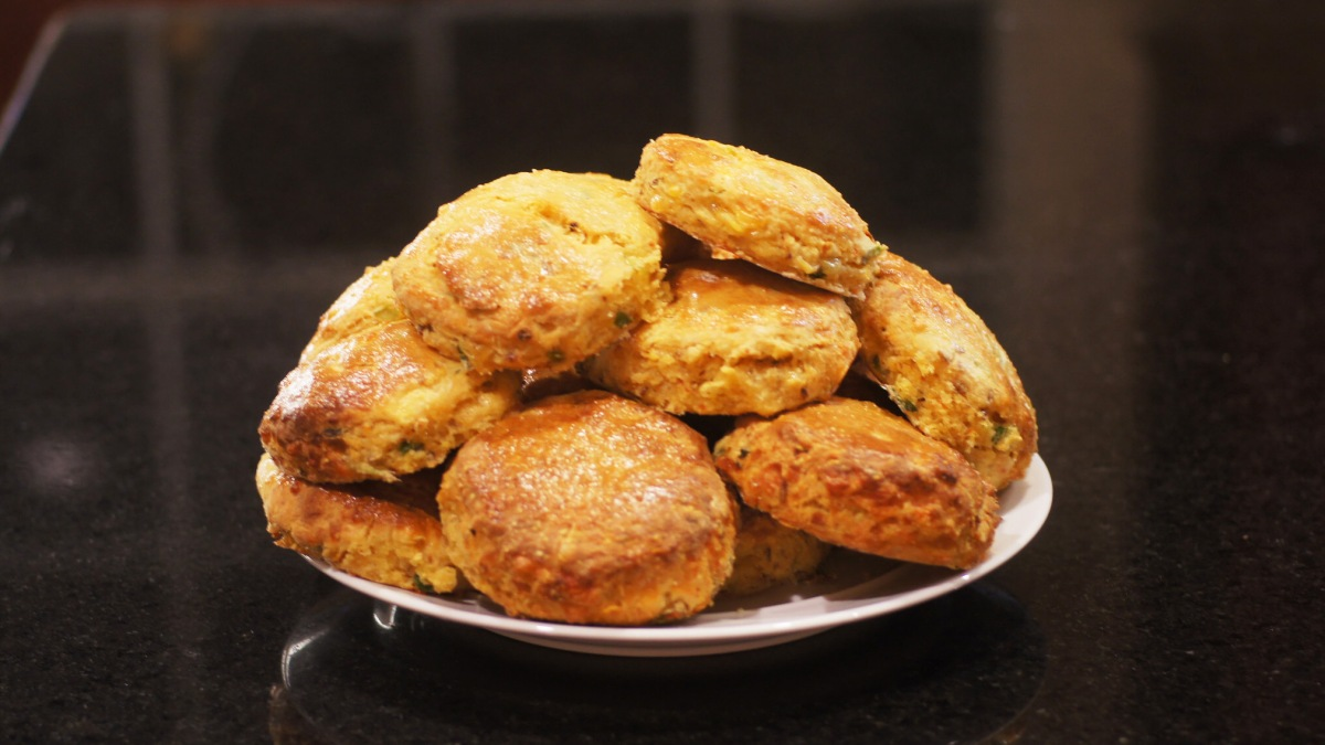 Cornmeal Biscuits with Chipotle Chiles and Cheddar Cheese | REMCooks