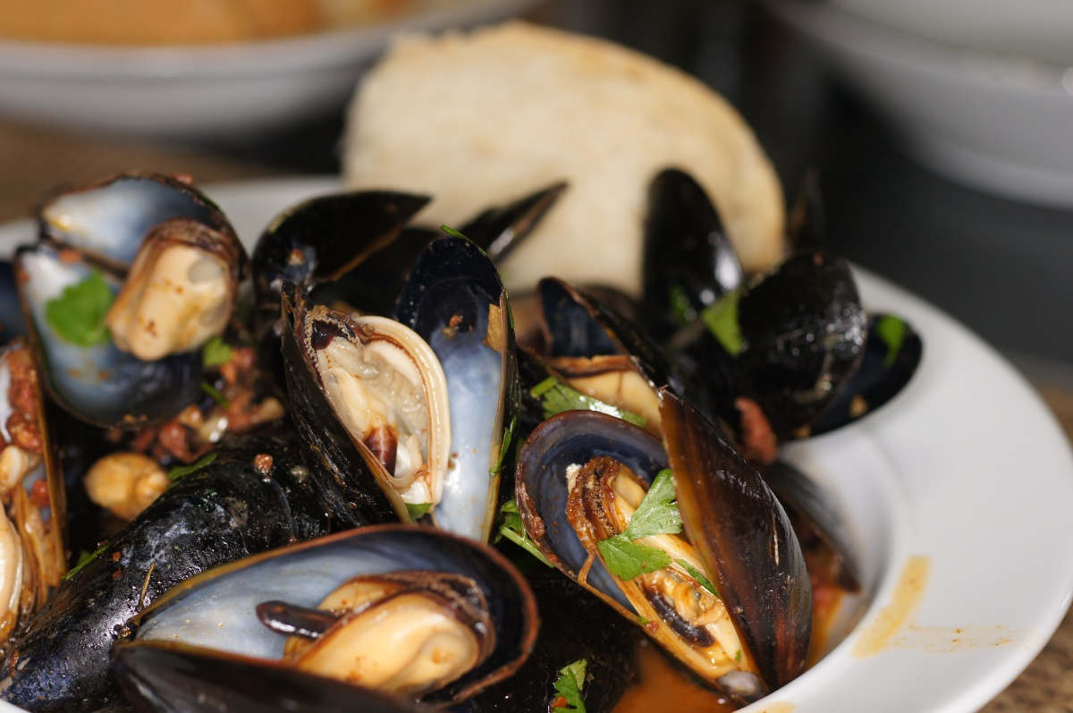 Mussels with Chorizo & Red Chiles (Mejillones con chorizo al vapor en 6 chiles)