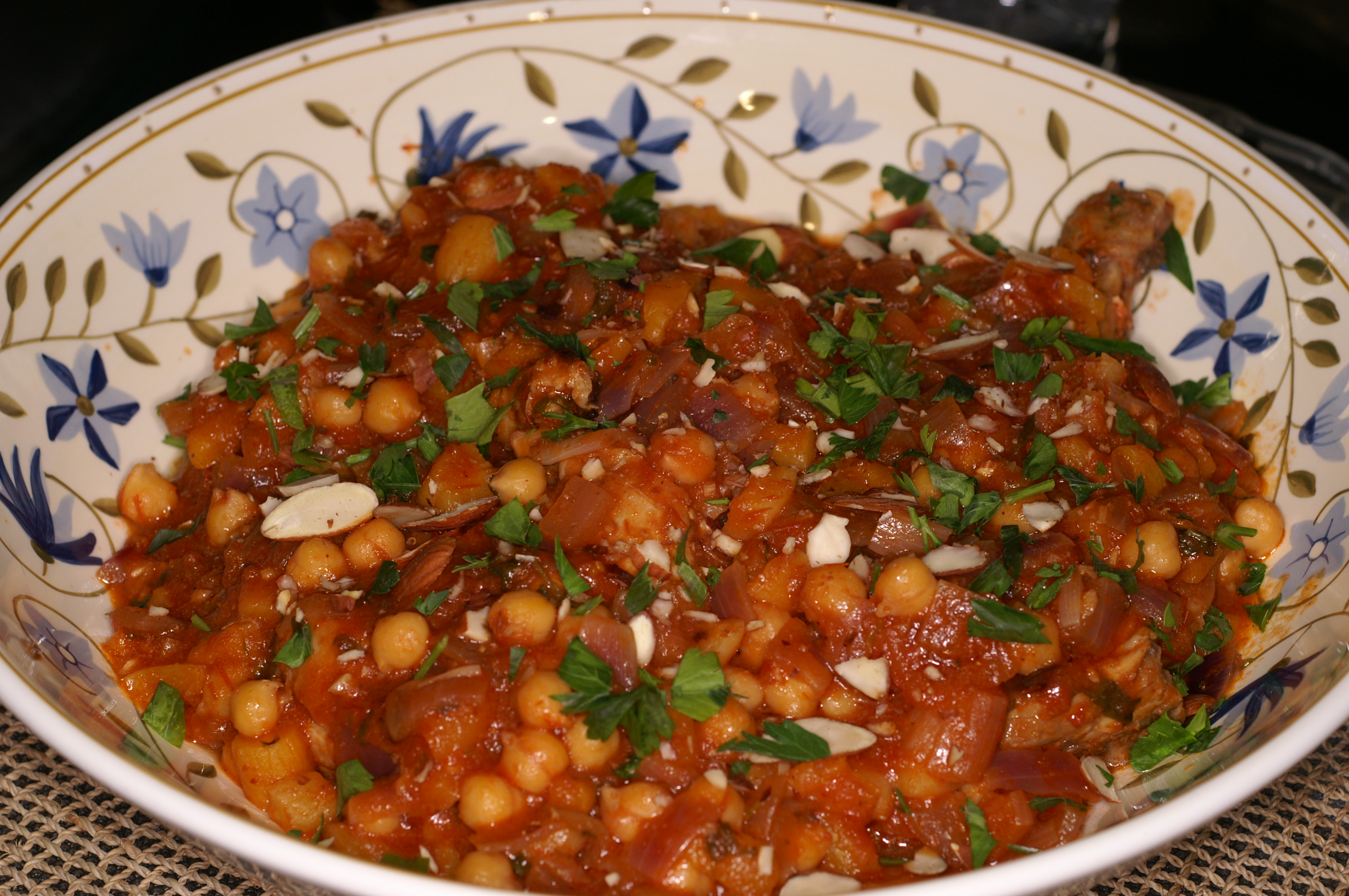 Moroccan chicken tagine with apricots and chickpeas remcooks moroccan chicken tagine with apricots and chickpeas forumfinder Choice Image
