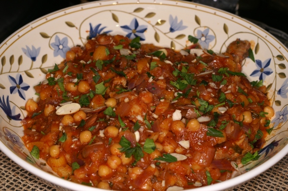 Moroccan Chicken Tagine with Apricots and Chickpeas | REMCooks