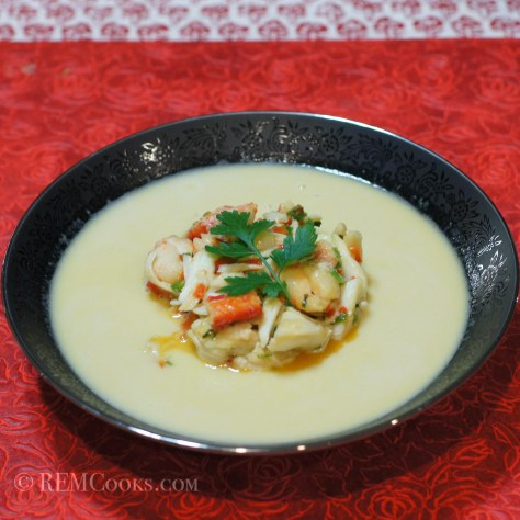 Luscious Creamy Corn Soup with Crab