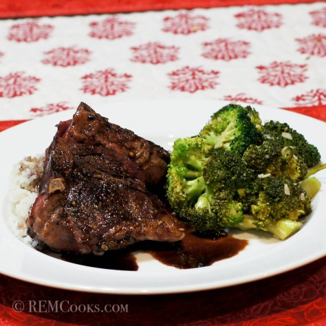 Lamb Loin Chops Sous Vide with Red Wine Sauce and Garlicky Broccoli